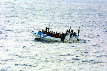 Refugees_on_a_boat