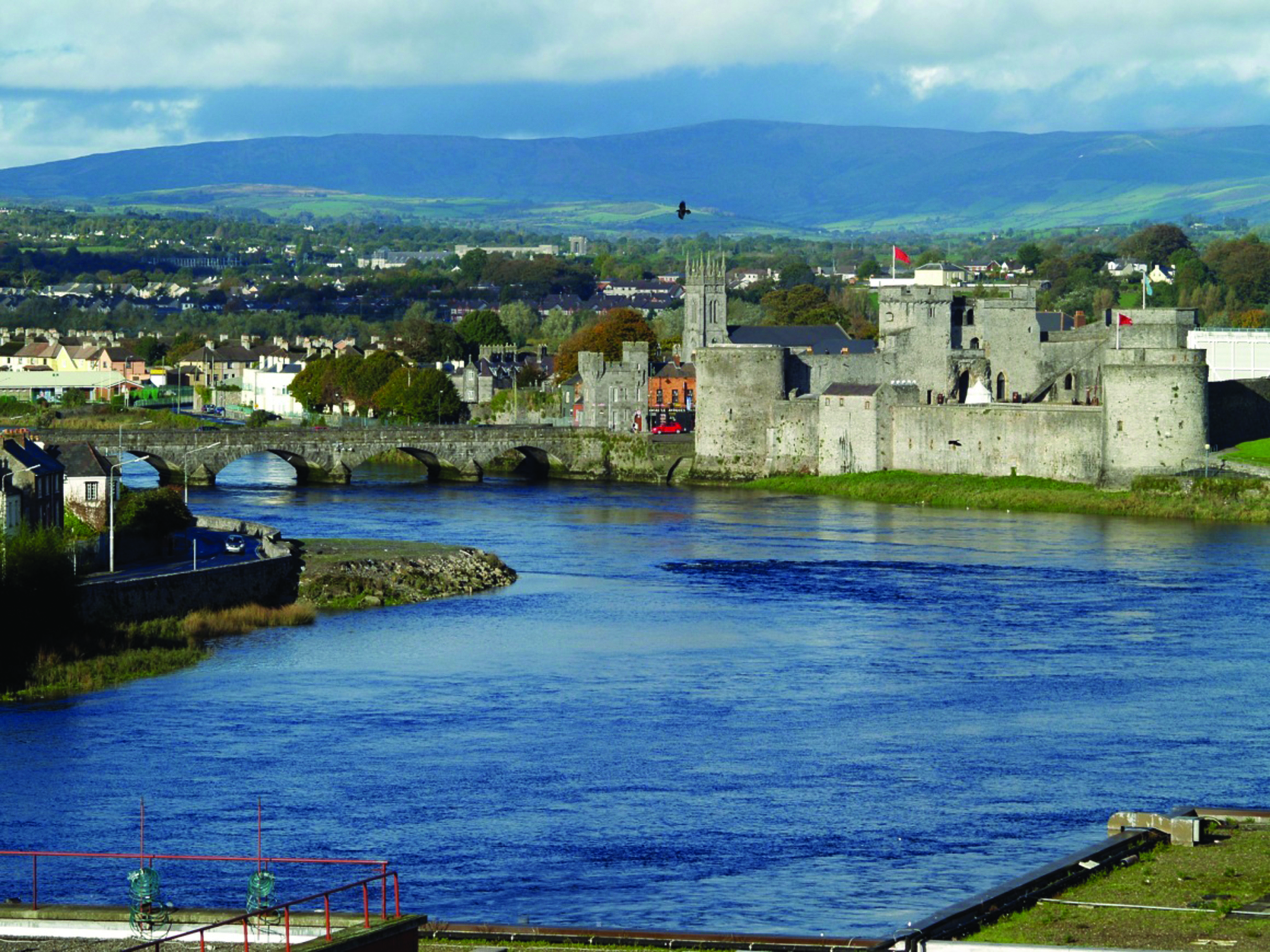 limerick-ireland-a-city-rich-in-culture-and-history-ireland-limerick-238